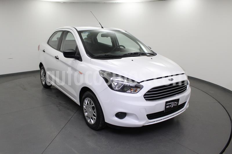 Ford Figo Sedan Impulse A/A usado (2016) color Blanco Oxford precio $121,900