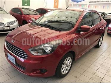 Foto Ford Figo Sedan Titanium Aut usado (2018) color Rojo precio $182,000