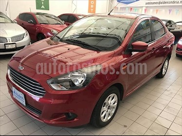 Ford Figo Sedan Titanium Aut usado (2018) color Rojo precio $182,000