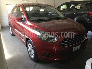 Ford Figo Sedan Titanium usado (2017) color Rojo precio $153,000