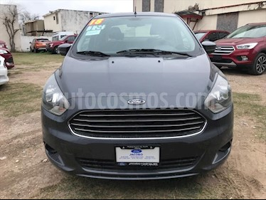Ford Figo Sedan Titanium Aut usado (2018) color Gris Oscuro precio $175,000