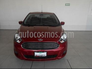 Foto Ford Figo Sedan Titanium Aut usado (2017) color Rojo precio $220,000