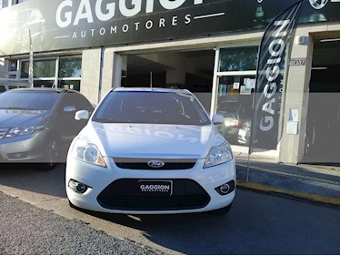 Foto venta Auto usado Ford Focus Exe Trend 2.0L Plus (2010) color Blanco Oxford