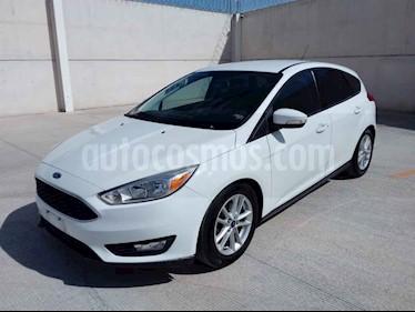 Ford Focus Hatchback SE Aut usado (2015) color Blanco precio $162,000