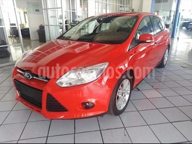 Ford Focus Hatchback Trend Aut usado (2014) color Rojo precio $150,000