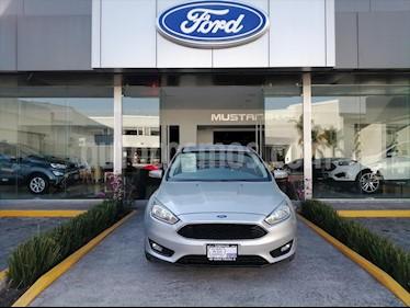 Ford Focus Hatchback SE Aut usado (2016) color Plata precio $204,000