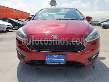 Ford Focus Hatchback SE Aut usado (2015) color Rojo Rubi precio $169,000