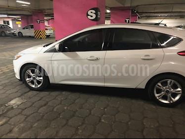Ford Focus Hatchback SE Aut usado (2013) color Blanco precio $125,000