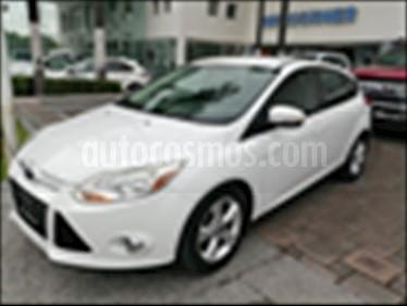 Foto Ford Focus Hatchback SE Aut usado (2013) color Blanco precio $145,000