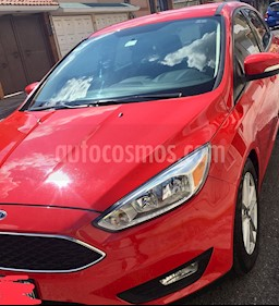 Foto Ford Focus Hatchback SE Aut usado (2016) color Rojo Racing precio $210,000