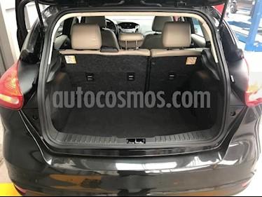 Foto Ford Focus Hatchback SE Aut usado (2015) color Negro precio $199,000
