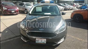 Foto venta Auto usado Ford Focus Hatchback SE Luxury Aut (2016) color Gris precio $235,000