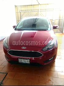 Foto Ford Focus Hatchback SE usado (2016) color Rojo Rubi precio $245,000