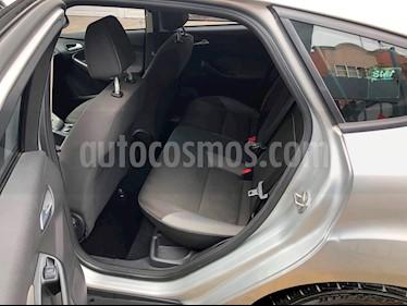Ford Focus Hatchback Trend Aut usado (2014) color Plata Estelar precio $155,000