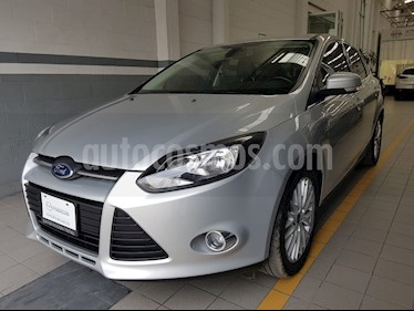 Foto venta Auto Seminuevo Ford Focus Hatchback Trend Sport Aut (2014) color Plata Estelar precio $164,000