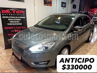Foto venta Auto usado Ford Focus One 4P Ambiente 1.6 (2017) color Gris Oscuro precio $654.321