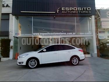 Foto venta Auto Usado Ford Focus One 4P Edge 1.6 (2016) color Blanco precio $495.000