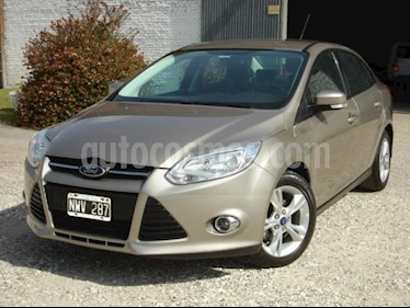 Foto Ford Focus One 4P Edge 1.6 usado (2014) color Beige precio $270.000