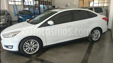 Foto venta Auto usado Ford Focus One 4P Edge 1.6 (2016) color Blanco