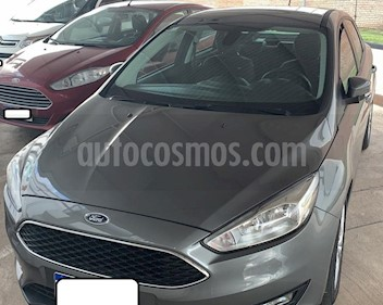 Foto venta Auto usado Ford Focus One 4P Edge 1.6 (2017) color Gris Oscuro precio $590.000