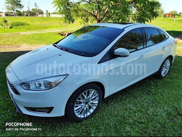 Foto venta Auto usado Ford Focus One 4P Edge 1.6 (2017) color Blanco precio $650.000
