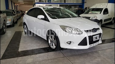 Foto Ford Focus One 5P 1.6 Edge usado (2014) color Blanco precio $1.999.999
