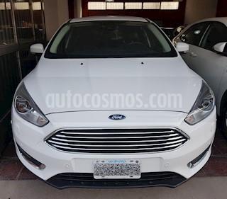 Foto venta Auto usado Ford Focus One 5P Ambiente 1.6 (2016) color Blanco precio $750.000