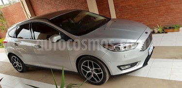 Ford Focus One 5P Edge 1.6 usado (2017) color Gris Claro precio $950.000