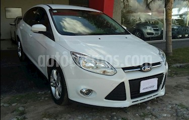 Foto venta Auto usado Ford Focus One 5P Edge 1.6 (2014) color Blanco