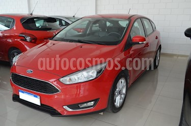 Ford Focus One 5P Edge 1.6 usado (2018) color Rojo precio $845.000