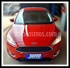 Ford Focus One 5P Edge 1.6 usado (2015) color Rojo precio $690.000