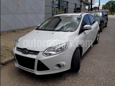 foto Ford Focus One 5P Edge 1.6 usado (2015) color Blanco precio $640.000