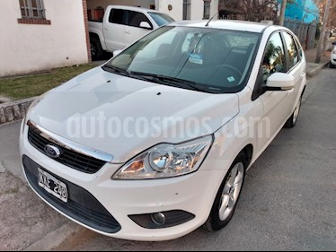 Ford Focus One 5P 1.6 Edge usado (2011) color Blanco precio $395.000