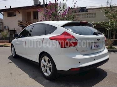 Ford Focus One 5P Edge 1.6 usado (2015) color Blanco precio $570.000