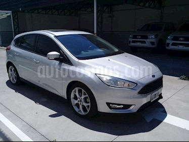 Ford Focus One 5P Edge 1.6 usado (2015) color Gris Claro precio $745.000