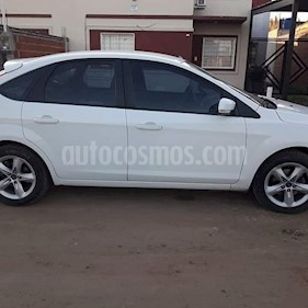 Ford Focus One 5P 1.6 Edge usado (2012) color Blanco precio $380.000