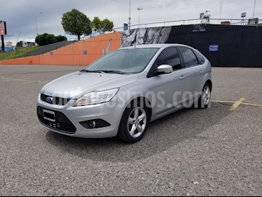 Ford Focus One 5P 1.6 Edge usado (2010) color Gris Claro precio $330.000
