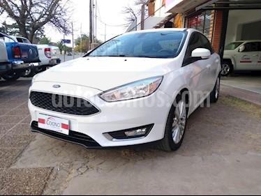 Ford Focus One 4P Edge 1.6 usado (2016) color Blanco precio $1.111.111