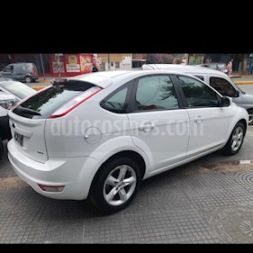 Ford Focus One 5P Edge 1.6 usado (2010) color Blanco precio $400.000