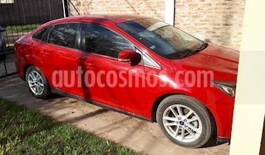 Ford Focus Sedan 1.6L S usado (2018) color Rojo Bari precio $470.000