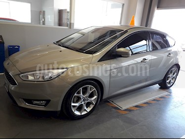 Foto Ford Focus Sedan 2.0L SE Plus Aut usado (2015) color Bronce precio $624.900