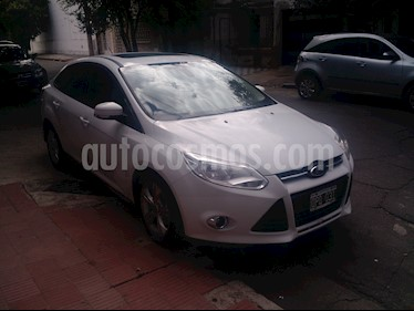 Foto venta Auto usado Ford Focus Sedan 2.0L SE Plus Aut (2015) color Blanco precio $468.000