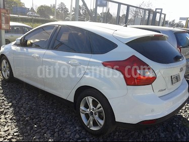 Foto venta Auto usado Ford Focus Sedan 2.0L SE Plus Aut (2014) color Blanco Oxford precio $390.000