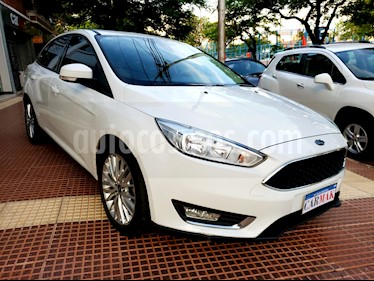 Foto venta Auto usado Ford Focus Sedan 2.0L SE Plus Aut (2015) color Blanco precio $644.990