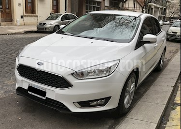 Foto venta Auto usado Ford Focus Sedan 2.0L SE (2016) color Blanco Oxford precio $549.900