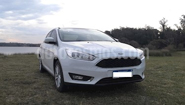 Foto venta Auto usado Ford Focus Sedan 2.0L SE (2016) color Blanco Oxford precio $489.000