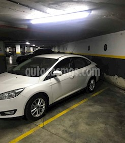 Foto venta Auto usado Ford Focus Sedan 2.0L SE (2017) color Blanco Oxford precio $640.000