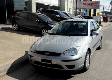 Foto venta Auto usado Ford Focus Sedan Ambiente 1.6 (2007) color Gris Claro precio $185.000