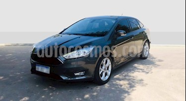 Ford Focus Sedan 1.6L S usado (2017) color Gris Oscuro precio $720.000