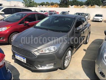 Ford Focus Sedan 2.0L SE Plus Aut usado (2016) color Gris Mercurio precio $815.000